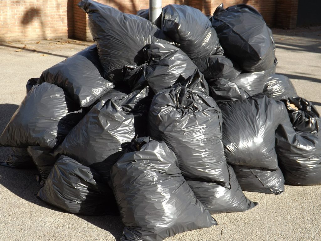 Let's clean up our town of Mineral Wells!